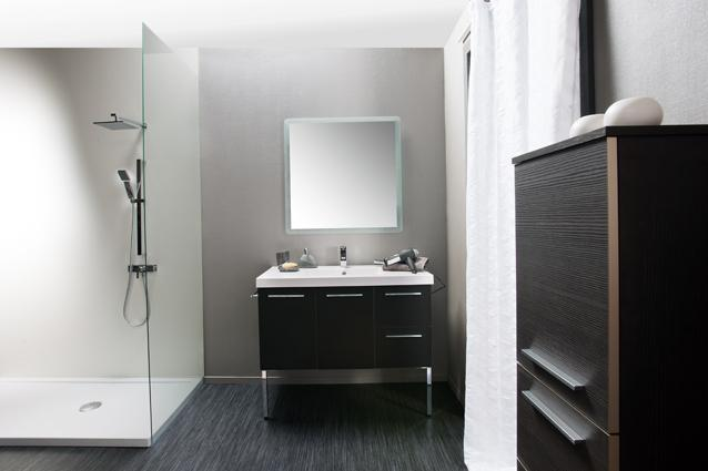 Salles de bain pontivy l 39 univers du chauffage for Univers salle de bain